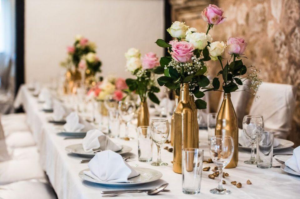 Stolne dekoracije za svaki stil vjenčanja